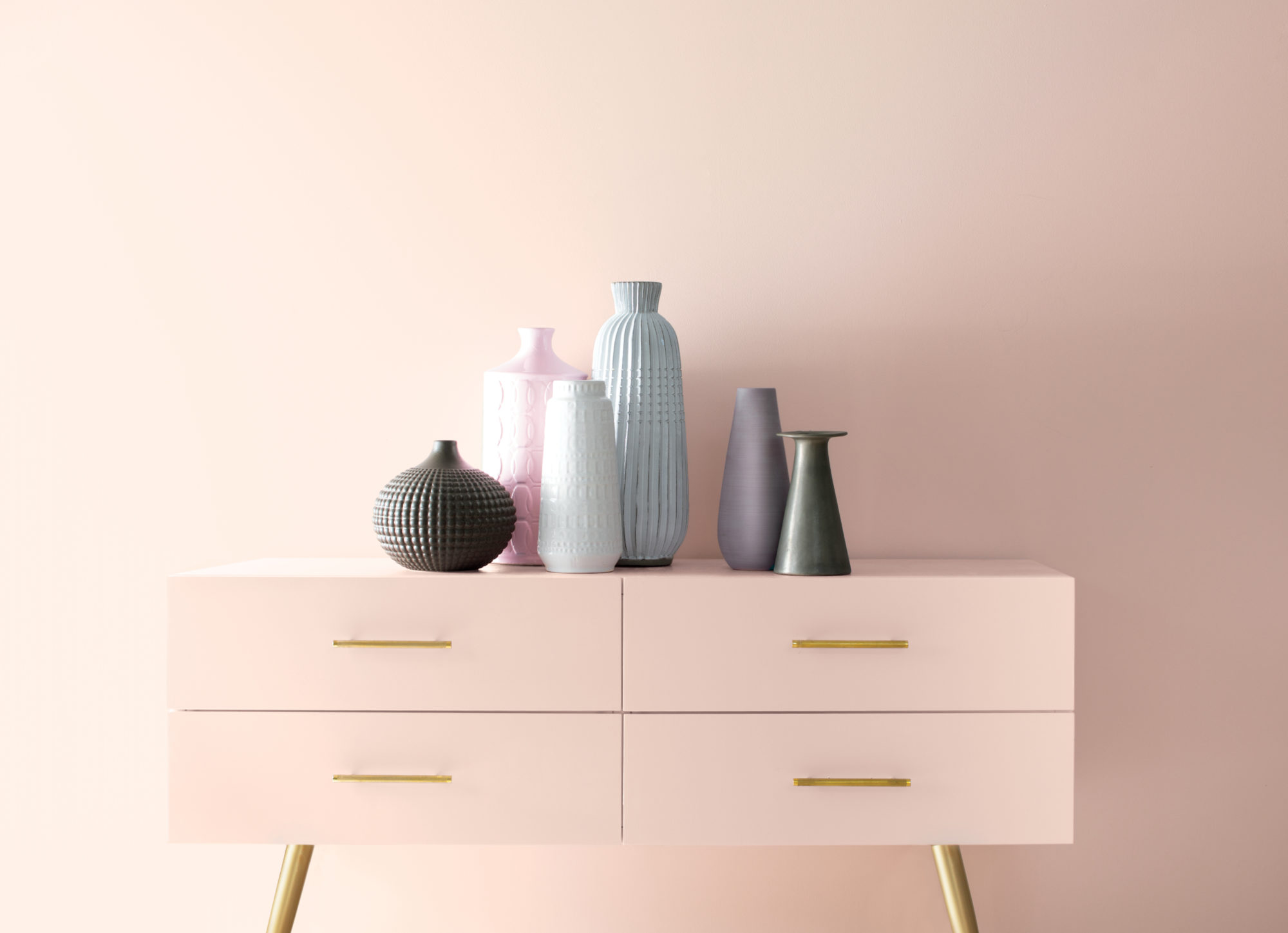 Benjamin Moore Names First Light (2102-70) As its 2020 Color of the Year