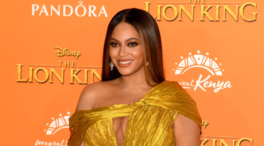 Beyoncé at Lion King Premiere