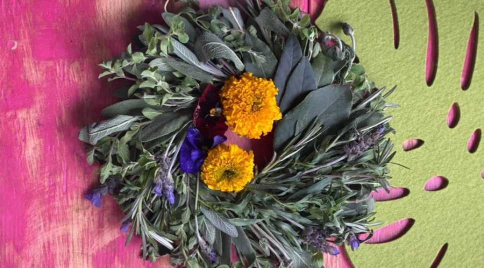 How to Make an Edible Herb Wreath for Kitchen Decor, Good Smells, or Just Straight up Good Vibes