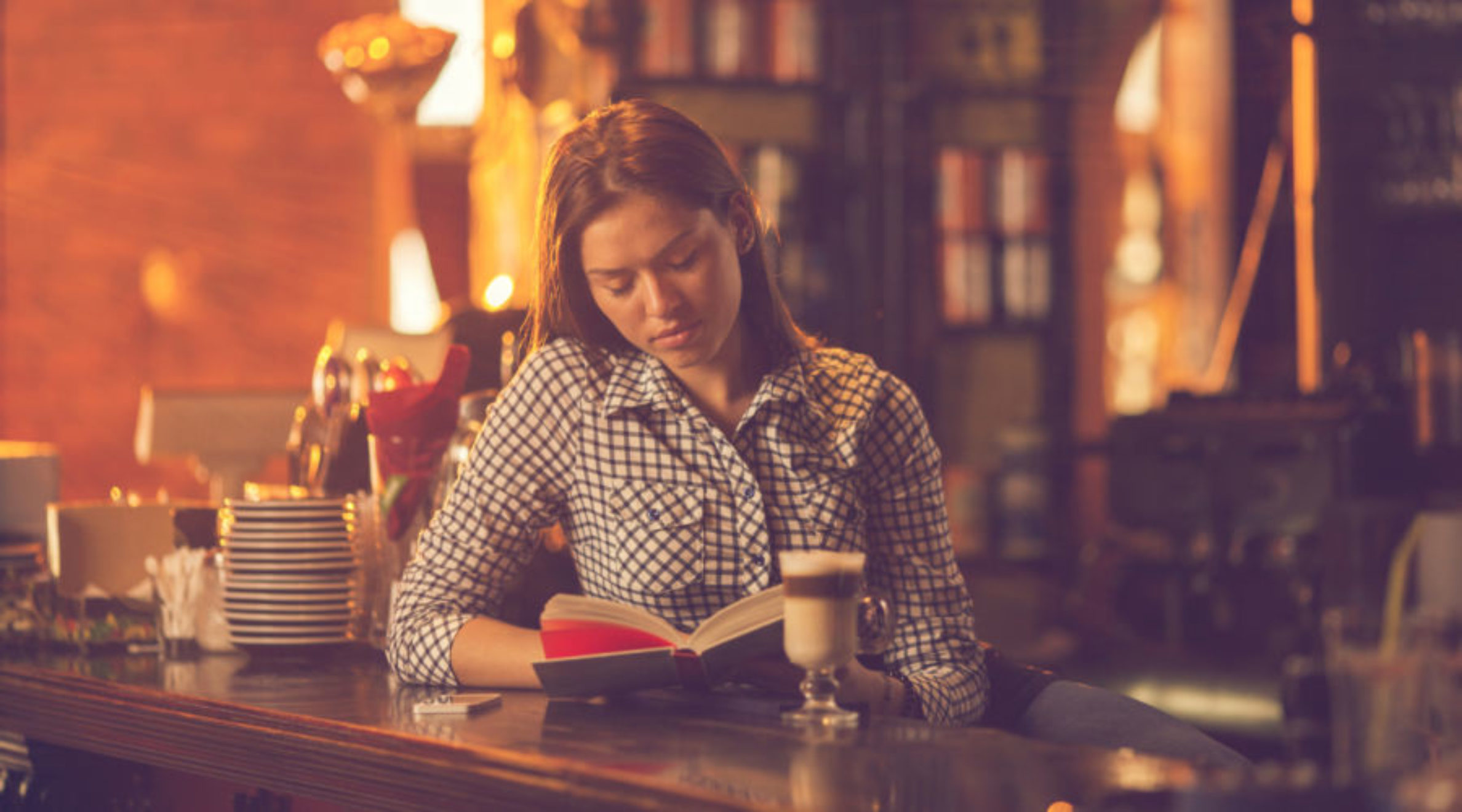 The Guide to Going Out for Introverts: Reading at the Bar