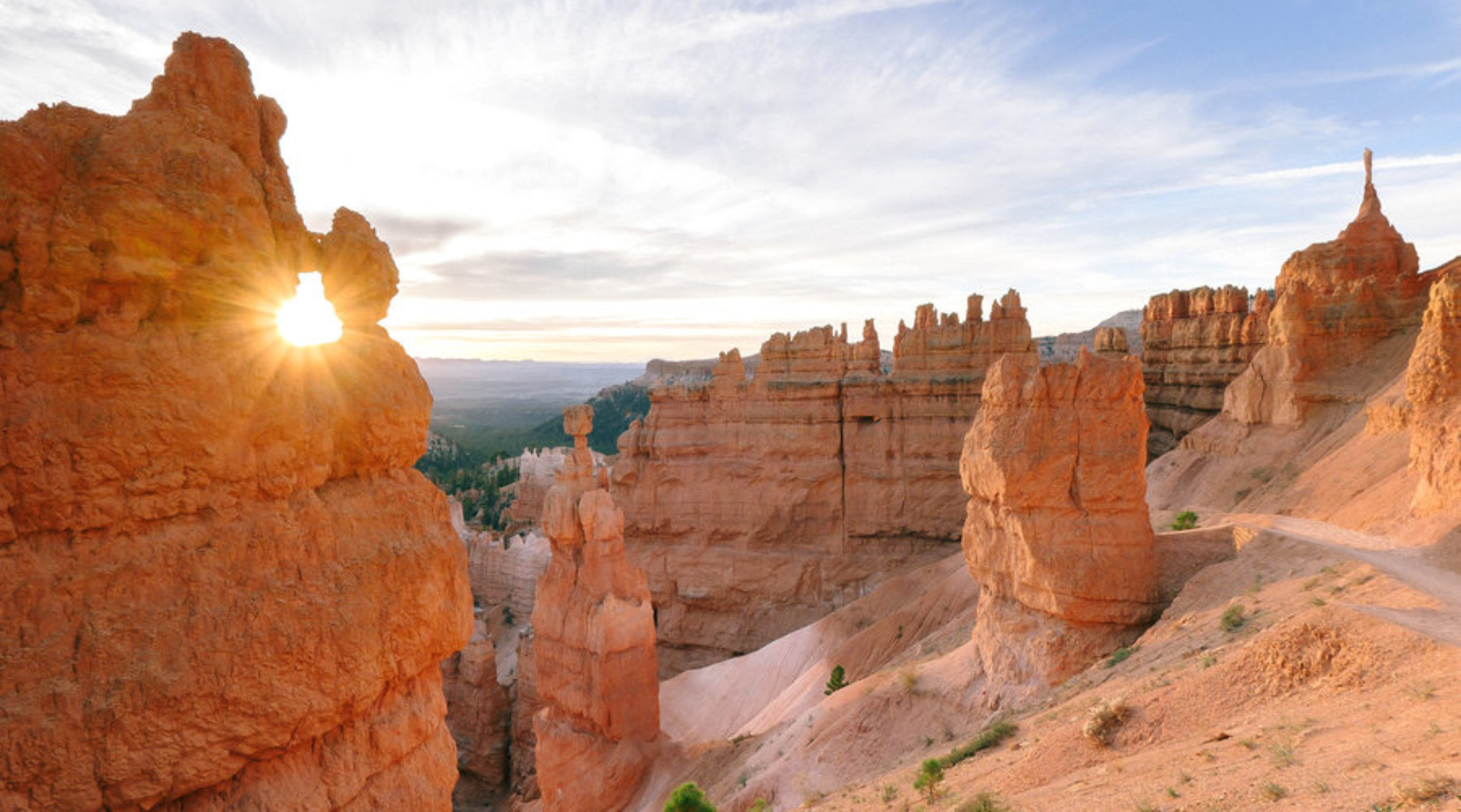The hoodoos at Bryce Canyon National Park off Highway 89