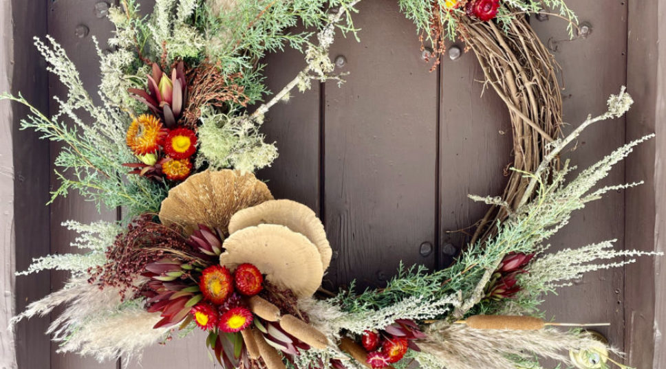 A DIY Fall Wreath Nobody Will Believe You Made Yourself