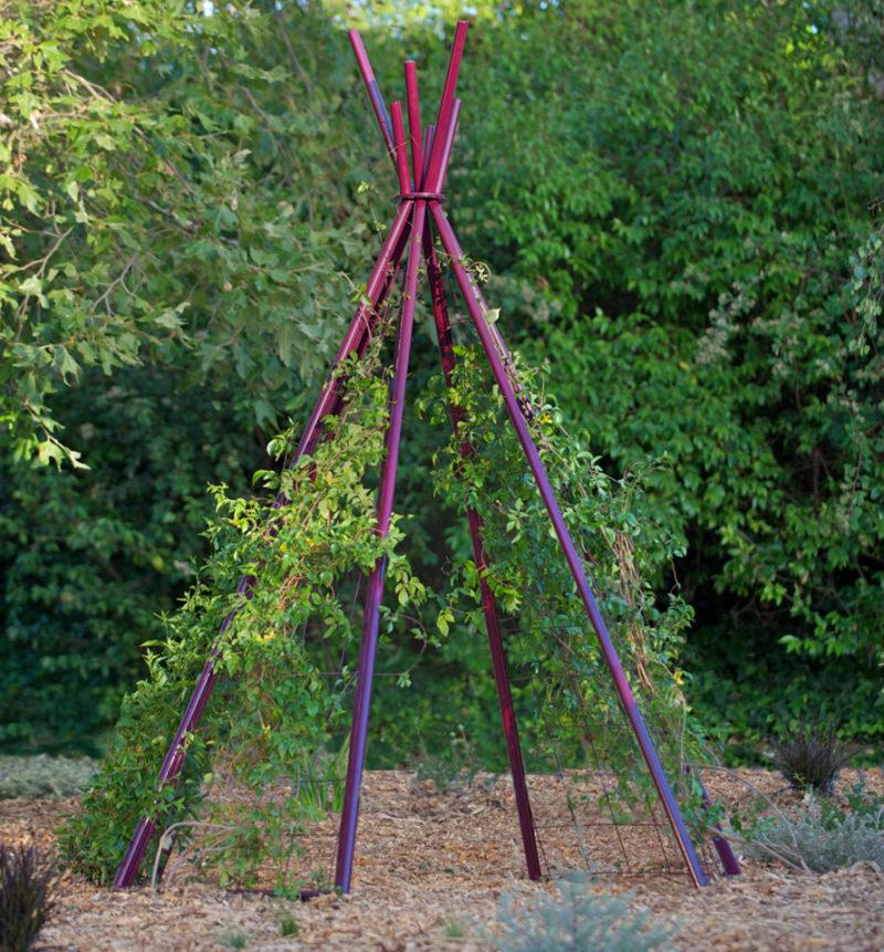 10 Statement-Making Vertical Garden Ideas